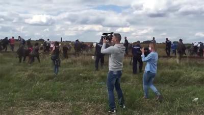 La reportera que hacía zancadillas a los refugiados sirios