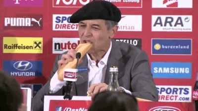 Austria's Manager Celebrated a Trip to France for Euro 2016 with a Beret and a Baguette