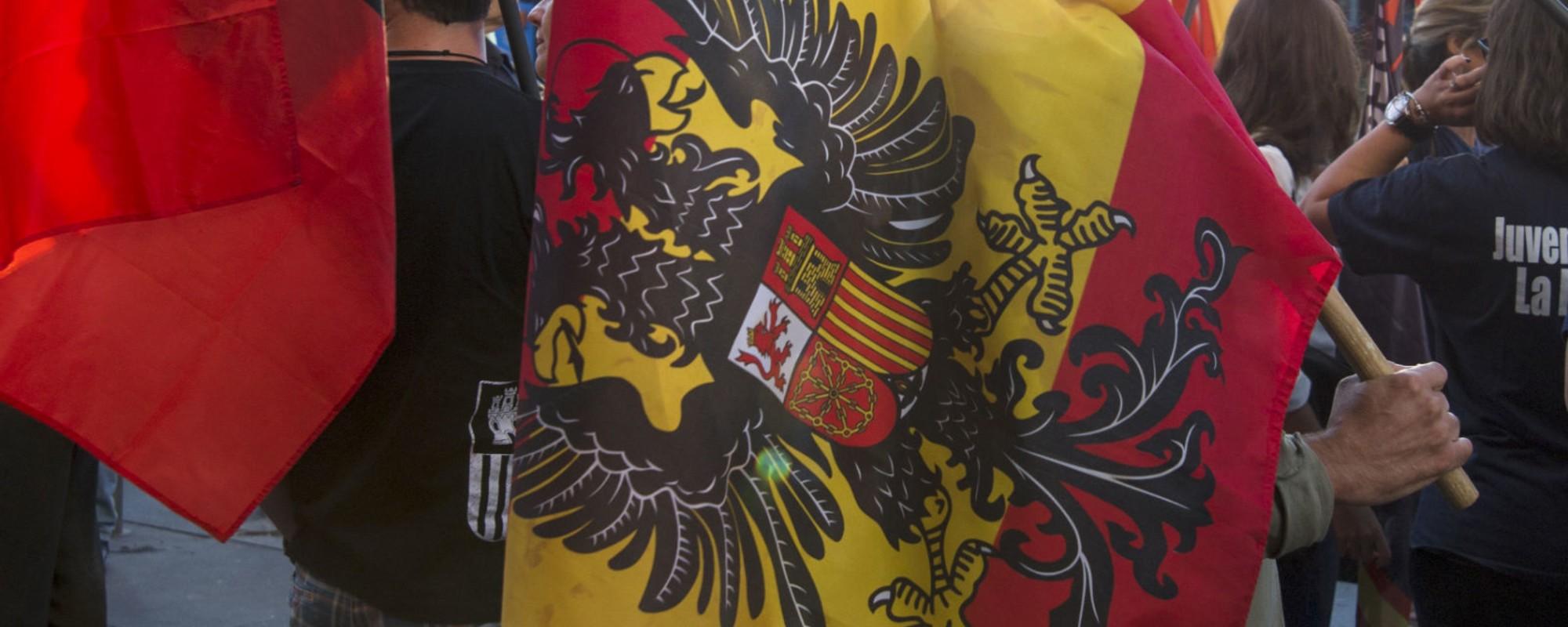 """""""Pujol ladrón, masón y julandrón"""": los fascistas contra la independencia catalana en Madrid"""