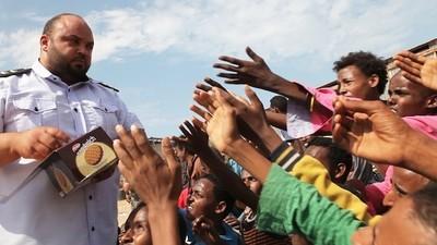 Festgenommen von Milizen: Libyens Handel mit Flüchtlingen (Teil 1)