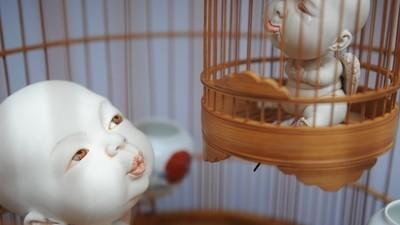 Johnson Tsang crea grotescas esculturas de bebés