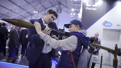 En imágenes: asistimos a la feria de armas donde Rusia burla las sanciones de Occidente