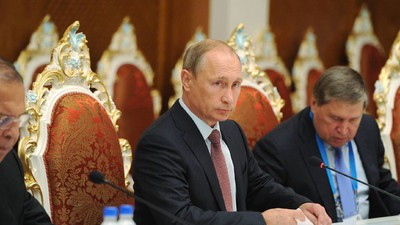 Propaganda: Putin schmeißt das Geld zum Fenster raus – mit beiden Händen