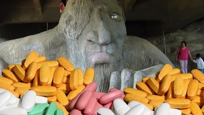 Should We Start Worrying About Pharmaceutical Patent Trolls?