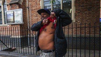 A Day in the Life of a Man Working to Get Young People to Leave Gangs