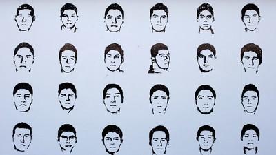 Los padres de los 43 desaparecidos, frustrados tras reunirse con el presidente mexicano
