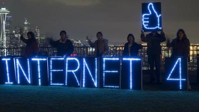 Scurtă istorie a internetului românesc