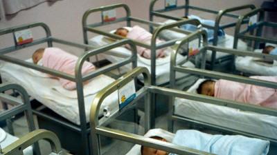 La corrupta relación entre las autoridades y la venta ilegal de bebés mexicanos