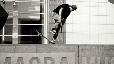 ¿Es el MACBA de Barcelona el mejor lugar del mundo para practicar el skateboarding?