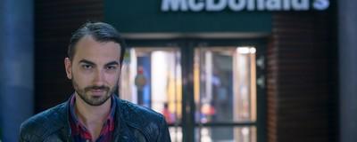 Cum să agăți o fată la McDonald's