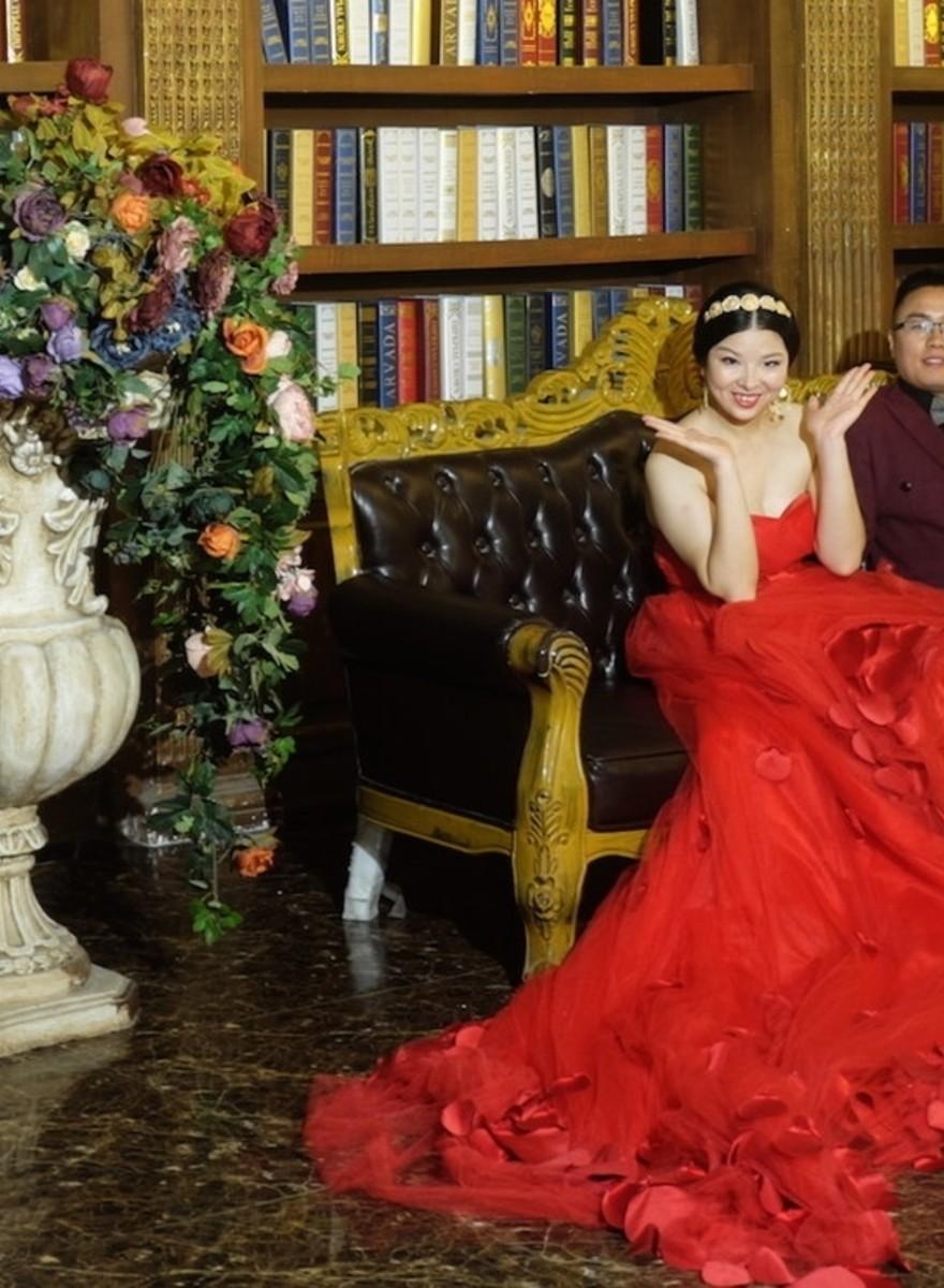 Industria de miliarde de euro a fotografiilor de nuntă, din China