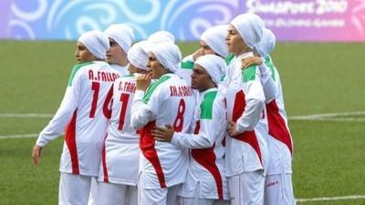 Frauenfußball im Iran: Wenn nur noch die Geschlechtsumwandlung bleibt