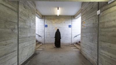 Wieso das Schweizer Burkaverbot auch deine Freiheit beschneidet