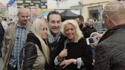 Die Wienwahl auf VICE: Heinz-Christian Strache am Viktor-Adler-Markt