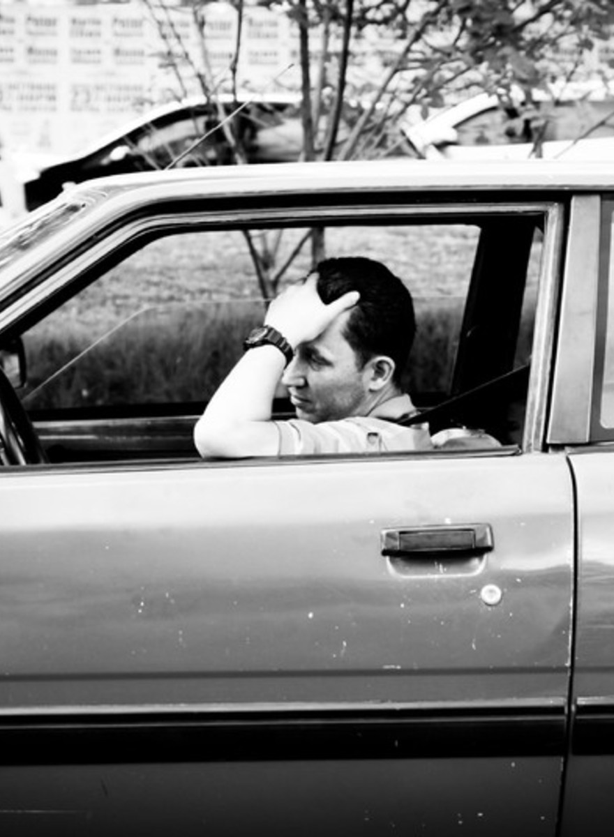 Fotos de gente aburrida en el tráfico