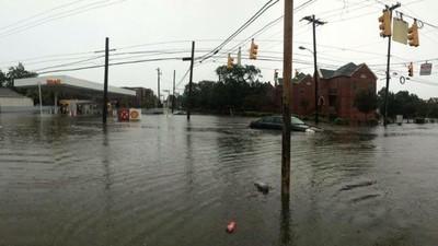 En fotos y video: Carolina del Sur bajo una tormenta que ocurre cada '1.000 años'