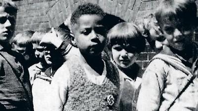 Copilul negru care voia să fie nazist