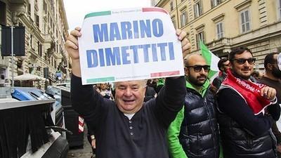 Come Ignazio Marino è stato massacrato dai giornali e fatto fuori dal suo partito