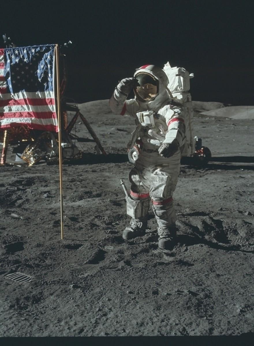 Cele mai tari poze din timpul misiunii spaţiale Apollo pe care nu le-ai mai văzut