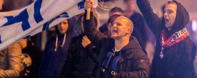 Hitlergruß und Nationaler Widerstand bei FPÖ-Abschlusskundgebung