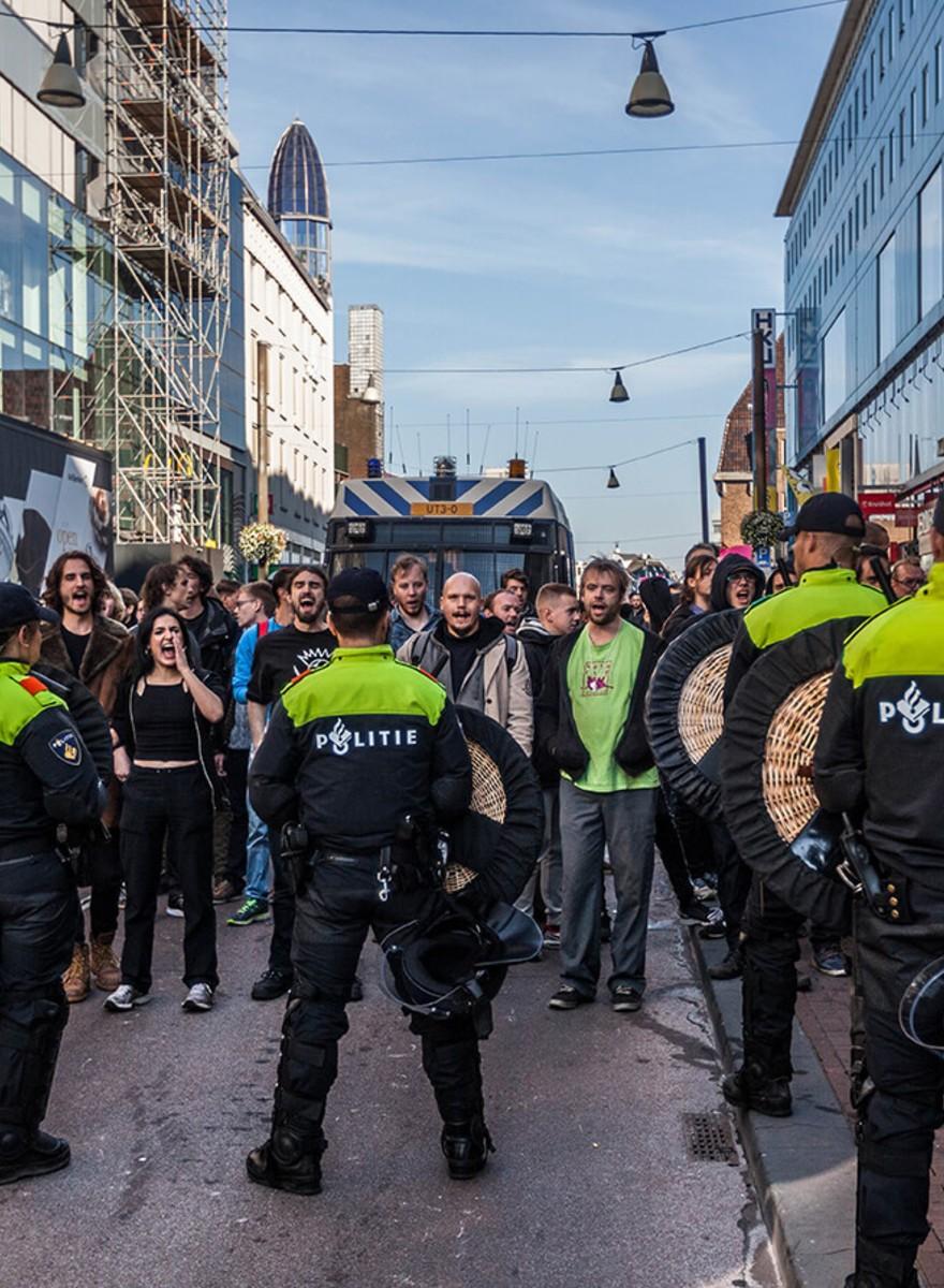 Foto's van de Pegida-demonstratie in Utrecht