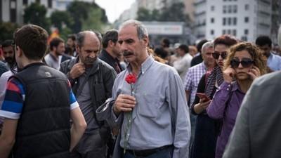 Il popolo turco ha commemorato le vittime dell'attentato di Ankara
