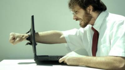 Certurile pe internet sunt la fel de penibile ca bătăile de stradă