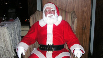 A Guy Named 'Santa Claus' Was Just Elected to North Pole City Council