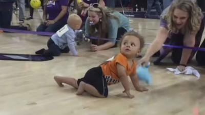 Las carreras de bebés son el deporte más lindo que existe