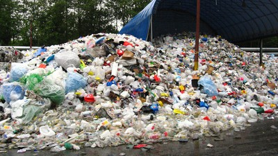 The Philippines Is Still Pissed Off That Canada Is Using It as a Giant Garbage Bin