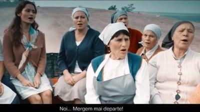 Clipurile cu țărani moldoveni muzicanți sunt cea mai nocivă formă de prostie mioritică