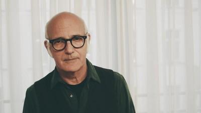 Ludovico Einaudi hat für uns elektronische Musik mit Klassik-Samples bewertet