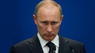 Cum a încercat Putin să controleze internetul