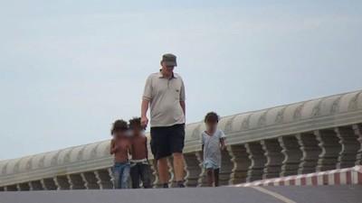 A Organização Cambojana que Persegue Pedófilos Estrangeiros no País