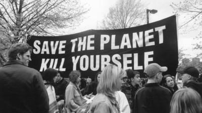 « Sauvez la planète, suicidez-vous. » Bienvenue au sein de l'Église de l'Euthanasie