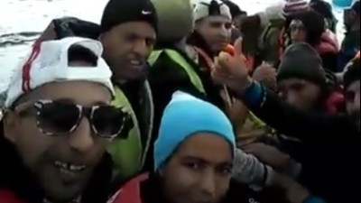 """Ein FPÖ-Politiker reagiert mit """"Eine Seefahrt, die ist lustig"""" auf Mittelmeer-Flüchtlinge"""