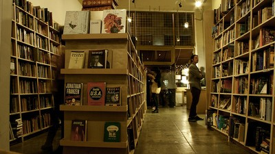Amazon Just Opened Its First IRL Bookstore