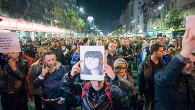 A Massive Protest Brought Down Romania's Government Tuesday Night