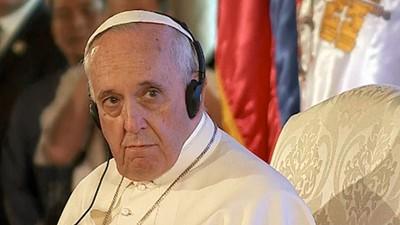 """""""¿Por qué sufren los niños?"""": analizamos el nuevo single del papa Francisco"""