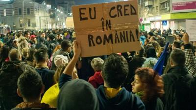 Protestul de miercuri, din București, a rezistat tuturor manipulărilor partidelor și ale securiștilor