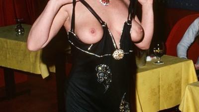 As fotografias das bailarinas dos bordéis de Paris dos anos 70