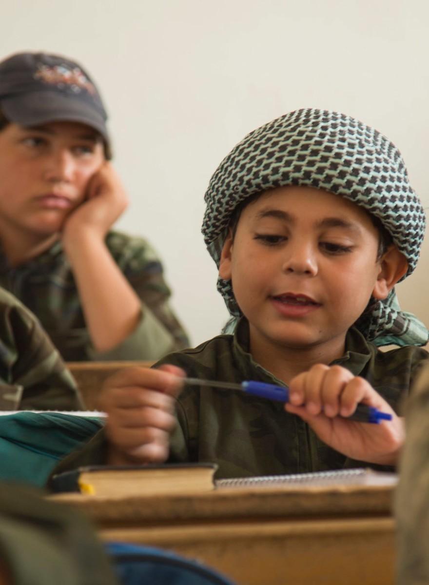 En imágenes: la academia yihadista donde entrenan niños bomba