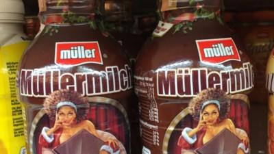 Eine schwarze Frau als Symbol für Schokogeschmack? Laut Müllermilch 'Geschmackssache'