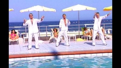 Cele mai nasoale 13 piese românești din anii '90, pe care probabil încerci să le uiți