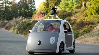 A Google Self-Driving Car Got Pulled Over for Being Slow by a Valiant Cop