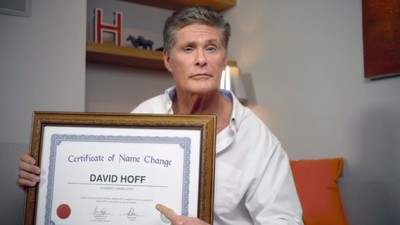 David Hasselhoff Has (Officially?) Changed His Name to 'David Hoff'(?)