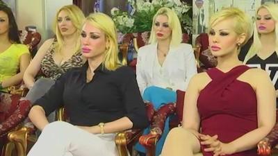 Een kijkje in de bizarre wereld van een Turkse 'feministische' sekte