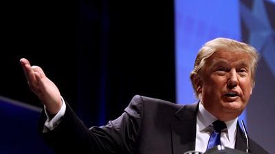 Donald Trump Went Full Trump in a Tirade Against Ben Carson