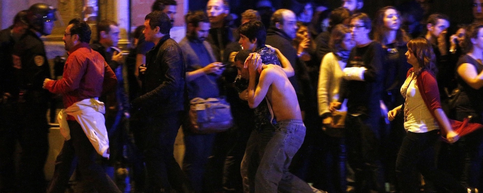 Fotografii dramatice, făcute imediat după atentatele din Paris