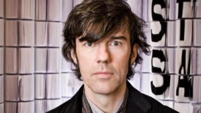 Van David Byrne tot Lou Reed: deze man is verantwoordelijk voor aardig wat memorabele albumhoezen